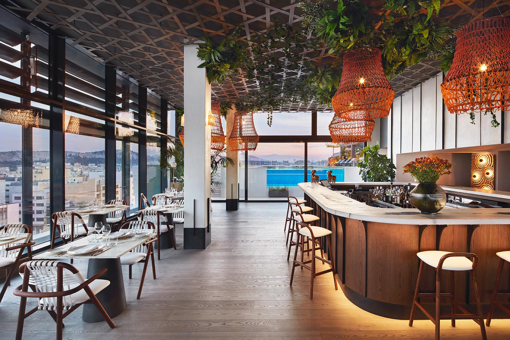 2019_04_02_HYATT_ATHENS_Restaurant_Bar_S02_100_EXTERIOR-copy1